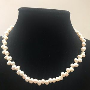 Genuine Cultured Pearls H18